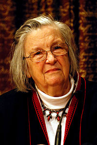 Elinor Ostrom Quotes